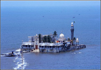 Haji Ali Dergah covered by Sea Water